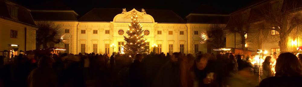 Weihnachtsmarkt auf Schloss Halbturn