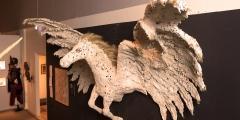 10_Ausstellungsansicht mit Pegasus der Künstlerin Susanne Schick